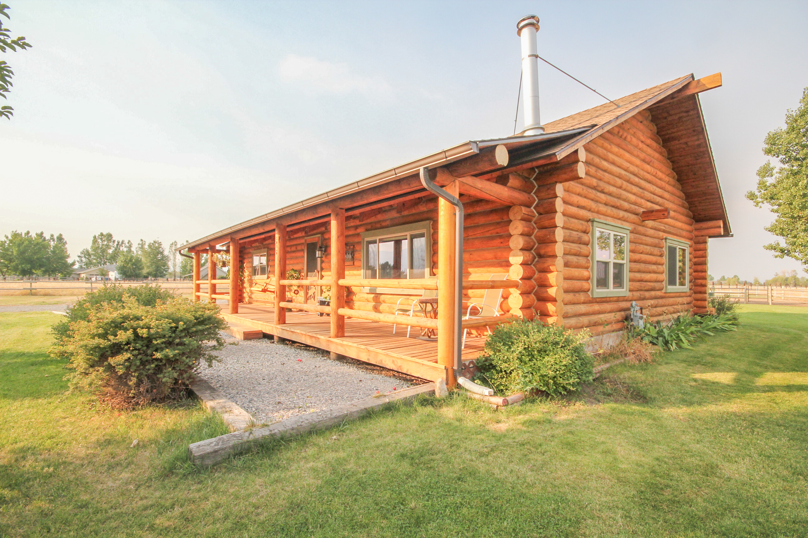 Just Listed Log Cabin 5 Acre Property In Belgrade